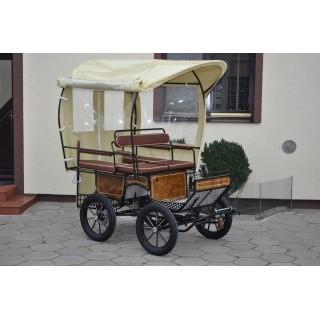 wagonette shetland avec toit