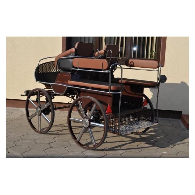 voiture hippomobile école