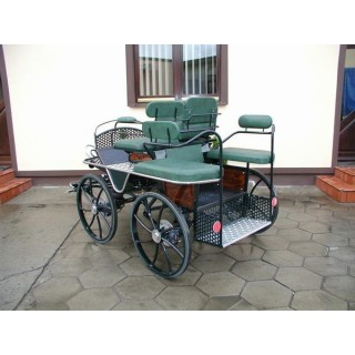 véhicule hippomobile d'attelage