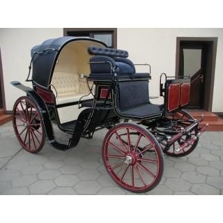 véhicule hippomobile victoria